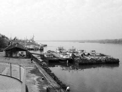 Hafen_Fluss_web